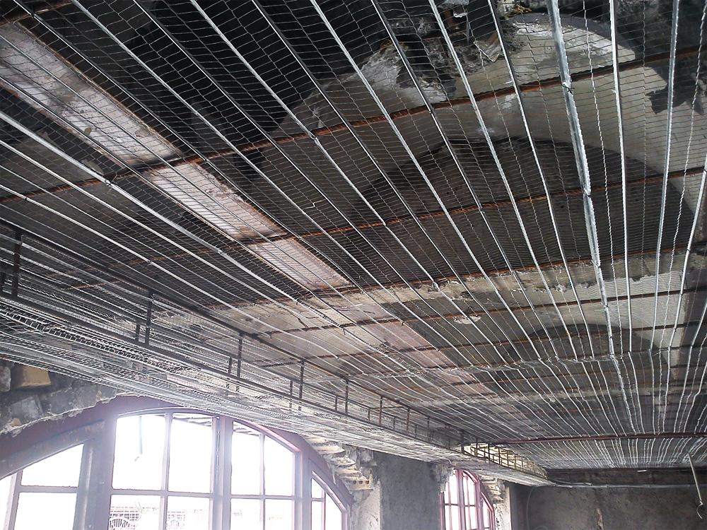سقف کاذب با راویز یا رابیتس